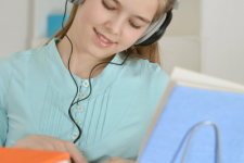 Does Listening to Music While Studying Facilitate Learning?